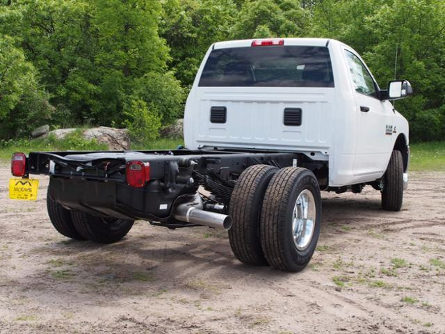 2017 Ram 3500 Regular Cab DRW 4x4 Cab Chassis #678112 - photo 2
