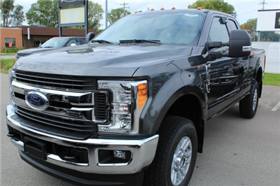 2017 F-250 Super Cab 4x4 Pickup #M022319 - photo 1