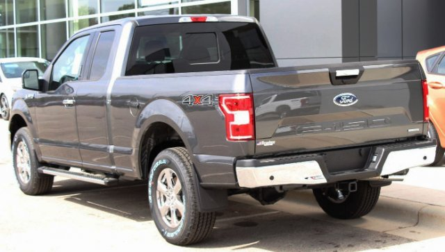 2018 F-150 Super Cab 4x4,  Pickup #M022923 - photo 2