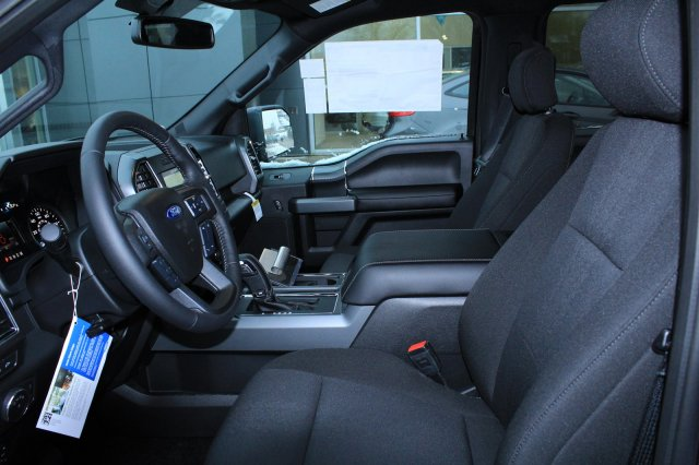 2018 F-150 Crew Cab 4x4 Pickup #M022933 - photo 7