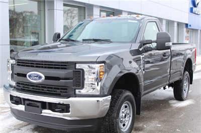 2018 F-250 Regular Cab 4x4 Pickup #M022996 - photo 1