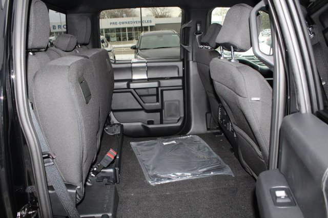 2018 F-150 Crew Cab 4x4, Pickup #M023229 - photo 6