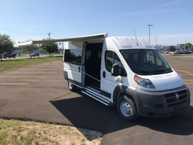 2018 ProMaster 2500 High Roof FWD, Passenger Wagon #G18101253 - photo 1