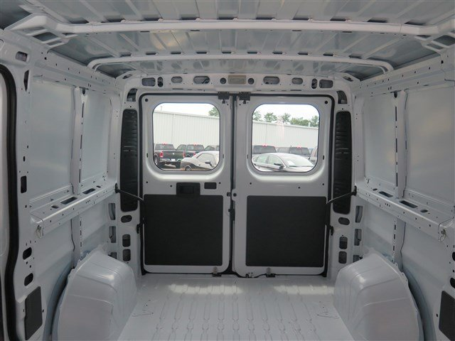 2017 ProMaster 1500 Low Roof Cargo Van #591049 - photo 2