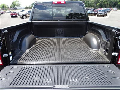 2017 Ram 1500 Crew Cab 4x4, Pickup #591281 - photo 13