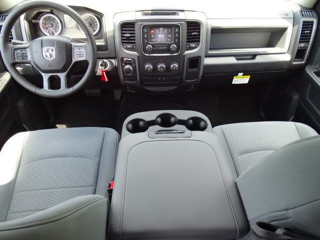 2017 Ram 1500 Crew Cab Pickup #591289 - photo 12