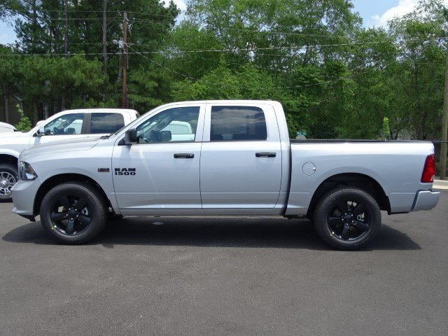 2017 Ram 1500 Crew Cab Pickup #591289 - photo 4