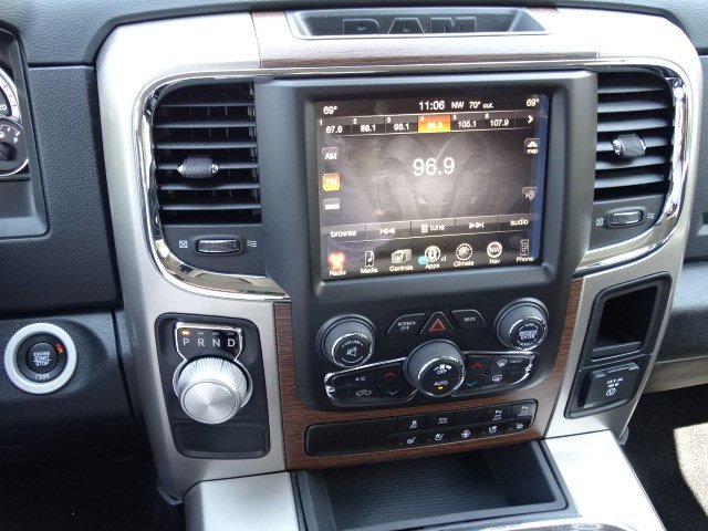 2017 Ram 1500 Crew Cab Pickup #591504 - photo 18