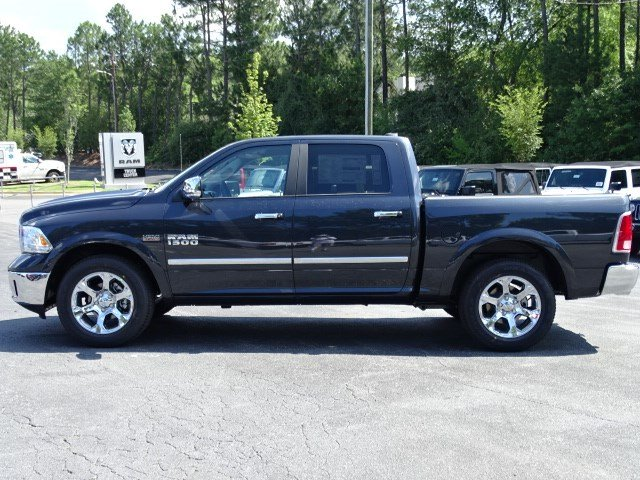 2017 Ram 1500 Crew Cab Pickup #591504 - photo 4
