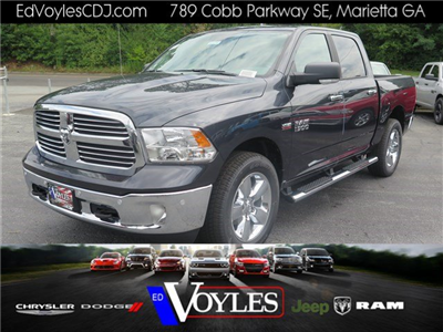 2017 Ram 1500 Crew Cab 4x4 Pickup #591716 - photo 1