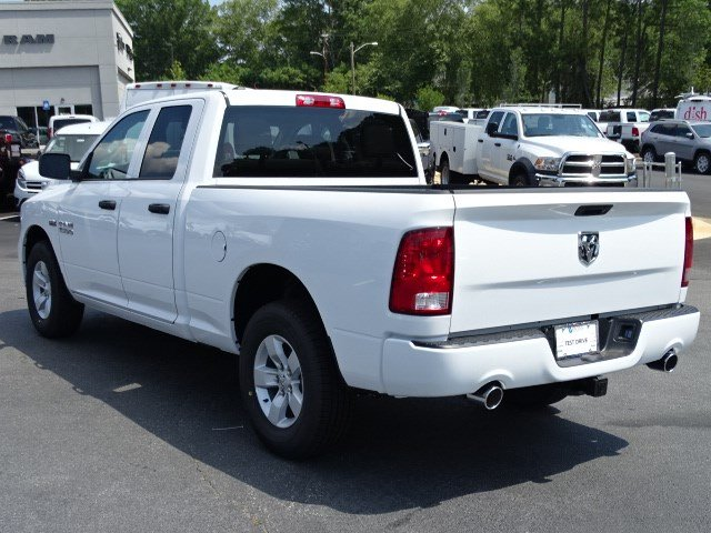 2017 Ram 1500 Quad Cab Pickup #592290 - photo 2
