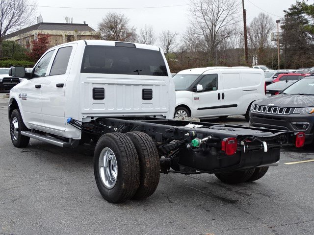 2018 Ram 3500 Crew Cab DRW,  Cab Chassis #592570 - photo 2