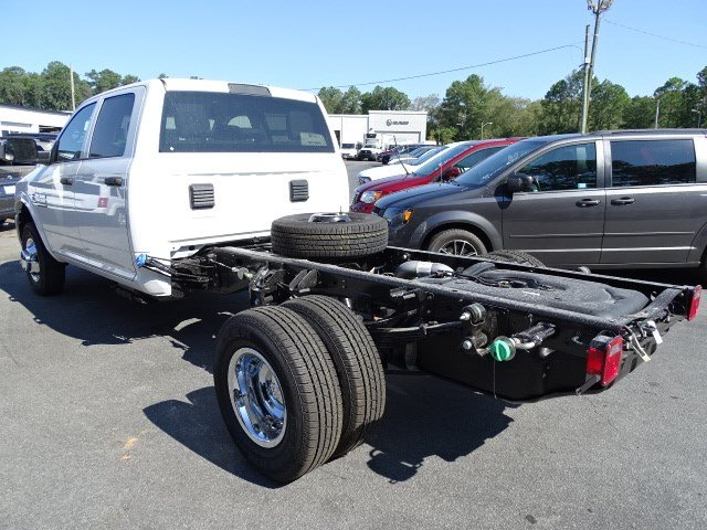 2018 Ram 3500 Crew Cab DRW 4x4, Knapheide Platform Body #592621RL - photo 2
