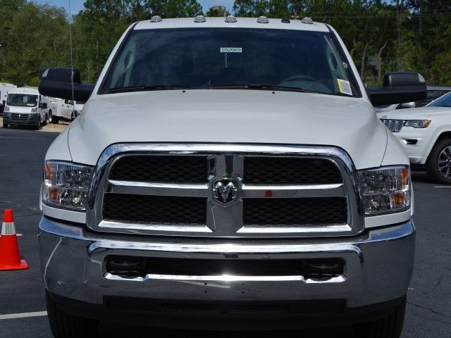 2018 Ram 3500 Crew Cab DRW 4x4,  Knapheide Service Body #592669RL - photo 3