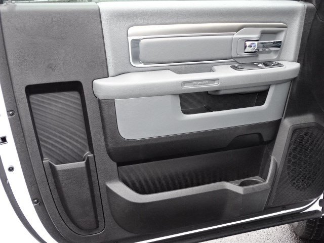2018 Ram 1500 Regular Cab 4x2,  Pickup #592797 - photo 7