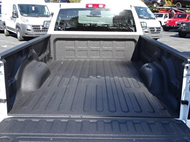 2018 Ram 1500 Regular Cab Pickup #593064 - photo 10