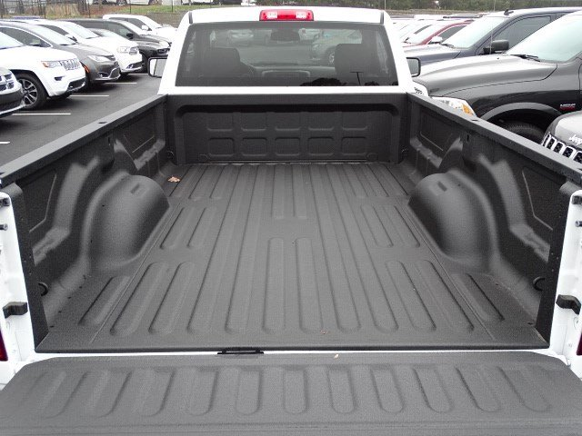2018 Ram 1500 Regular Cab, Pickup #593111 - photo 10
