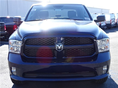 2018 Ram 1500 Crew Cab, Pickup #593257 - photo 3