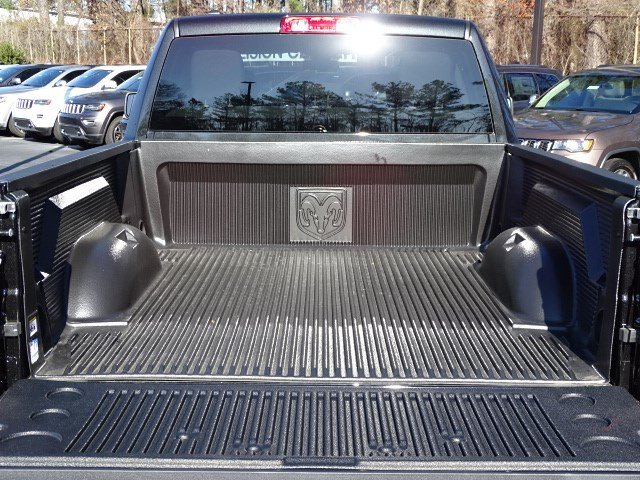 2018 Ram 1500 Quad Cab, Pickup #593261 - photo 10