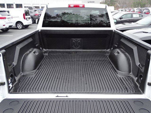 2018 Ram 1500 Regular Cab, Pickup #593281 - photo 9