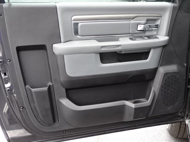2018 Ram 1500 Regular Cab, Pickup #593283 - photo 7