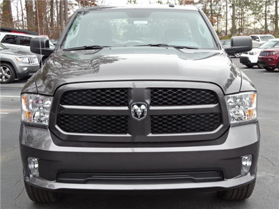 2018 Ram 1500 Regular Cab, Pickup #593283 - photo 3