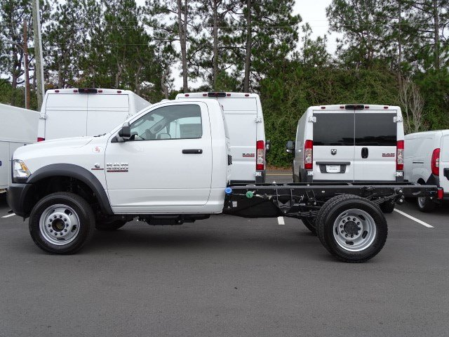2018 Ram 4500 Regular Cab DRW 4x4,  Cab Chassis #593321 - photo 4