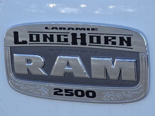 2018 Ram 2500 Crew Cab 4x4, Pickup #593372 - photo 9