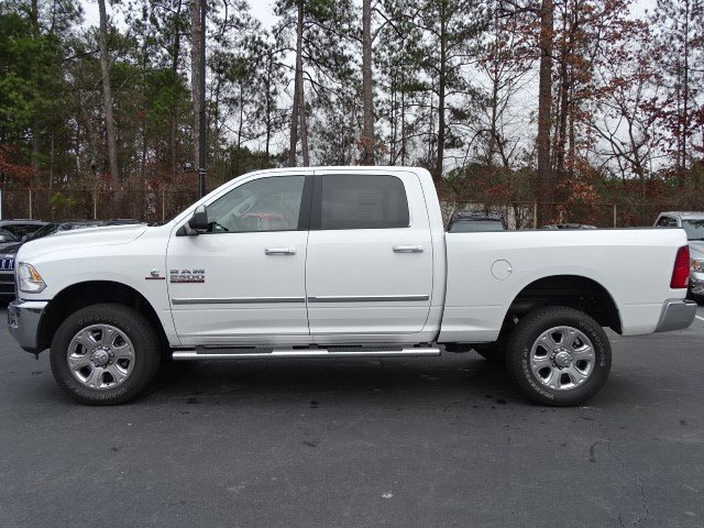 2018 Ram 2500 Crew Cab 4x4, Pickup #593389 - photo 4