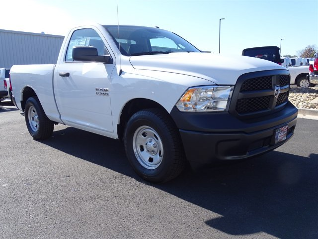 2018 Ram 1500 Regular Cab, Pickup #593447 - photo 4