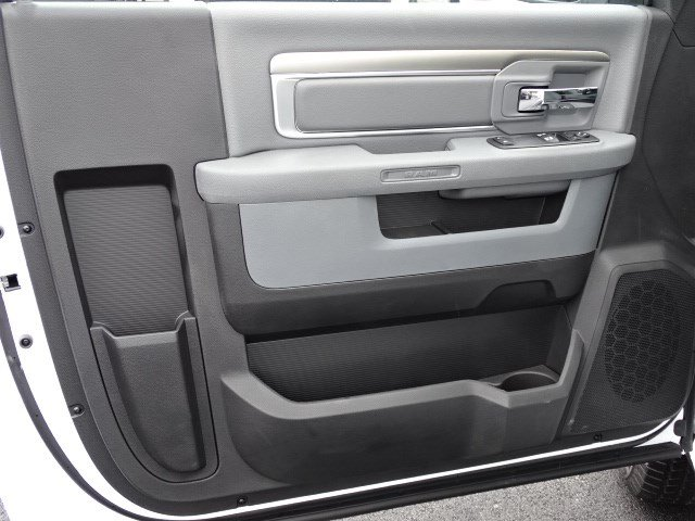 2018 Ram 1500 Regular Cab,  Pickup #593461 - photo 7
