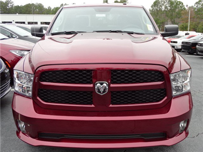 2018 Ram 1500 Crew Cab, Pickup #593513 - photo 3