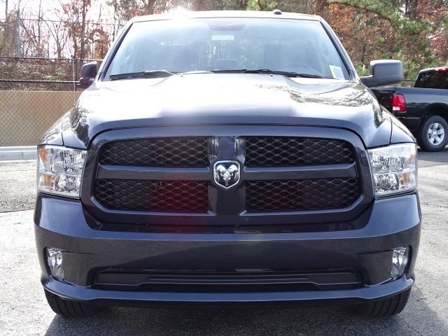 2018 Ram 1500 Crew Cab, Pickup #593532 - photo 3
