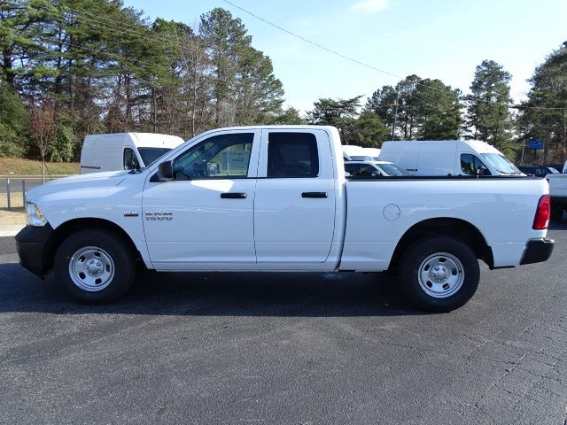 2018 Ram 1500 Quad Cab, Pickup #593560 - photo 4