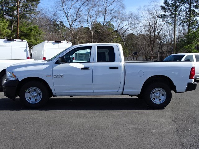 2018 Ram 1500 Quad Cab, Pickup #593590 - photo 4