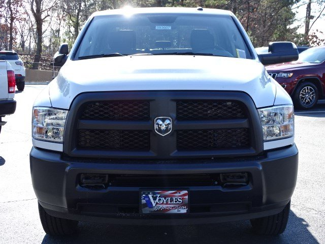 2018 Ram 2500 Crew Cab 4x4, Pickup #593607 - photo 3