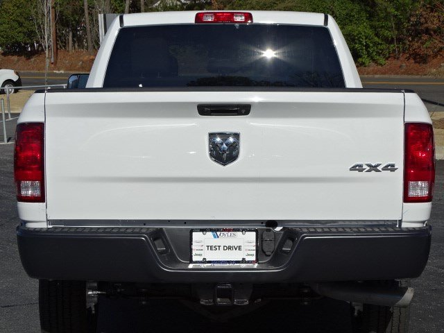 2018 Ram 2500 Crew Cab 4x4, Pickup #593607 - photo 5