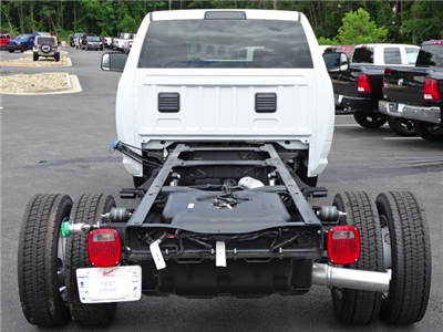 2018 Ram 5500 Regular Cab DRW 4x2,  Cab Chassis #593786 - photo 5