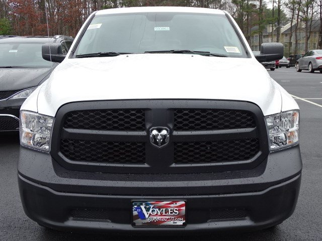 2018 Ram 1500 Quad Cab 4x4, Pickup #593863 - photo 3