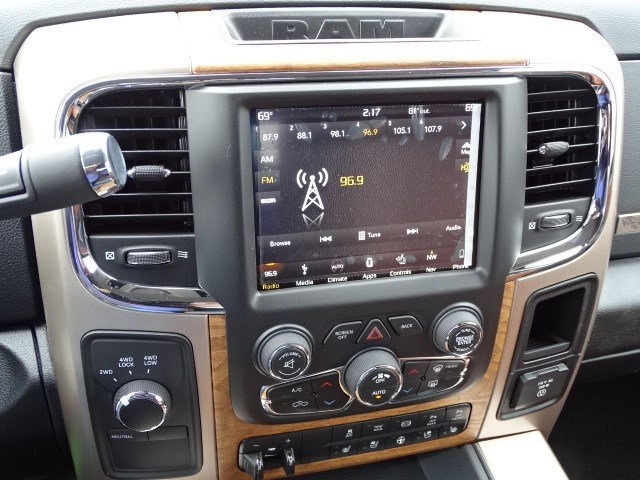 2018 Ram 3500 Mega Cab DRW 4x4, Pickup #594015 - photo 20