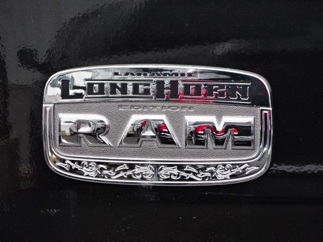 2018 Ram 3500 Mega Cab DRW 4x4, Pickup #594015 - photo 6
