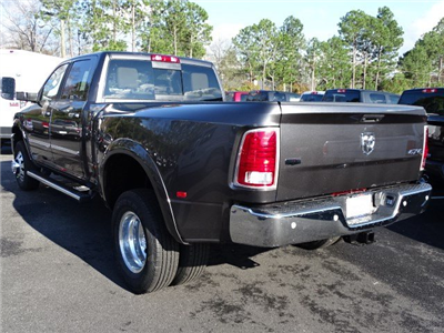 2018 Ram 3500 Crew Cab DRW 4x4,  Pickup #594217 - photo 2