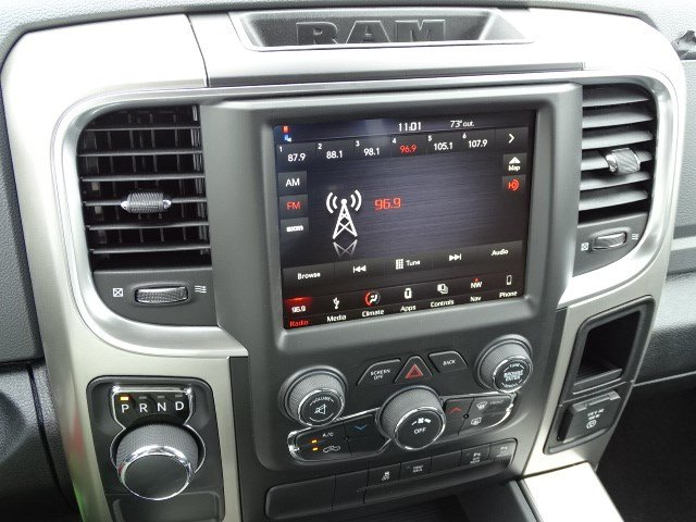 2018 Ram 1500 Crew Cab 4x2,  Pickup #594226 - photo 17