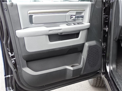 2018 Ram 1500 Crew Cab 4x2,  Pickup #594226 - photo 7