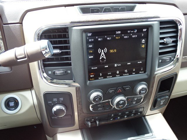 2018 Ram 3500 Crew Cab DRW 4x4,  Pickup #594268 - photo 20