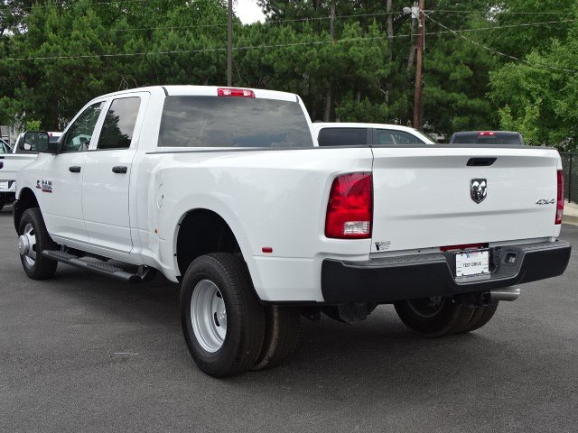 2018 Ram 3500 Crew Cab DRW 4x4,  Pickup #594295 - photo 2