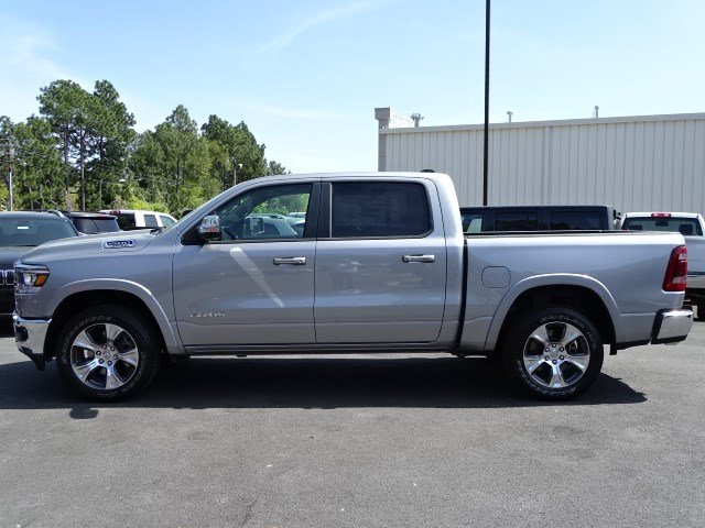 2019 Ram 1500 Crew Cab 4x4,  Pickup #594579 - photo 4