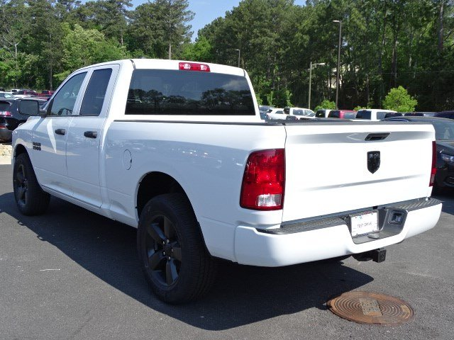 2018 Ram 1500 Quad Cab, Pickup #594725 - photo 2