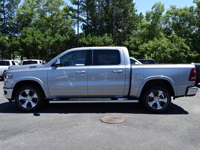 2019 Ram 1500 Crew Cab 4x4,  Pickup #594972 - photo 4