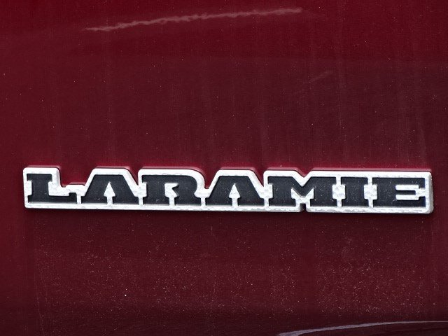 2019 Ram 1500 Crew Cab 4x4,  Pickup #595008 - photo 6